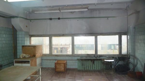 Окна на всю ширину комнаты