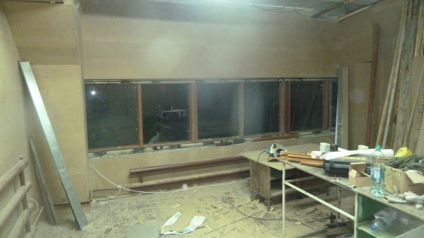 Стена с окном закрытая МДФ
