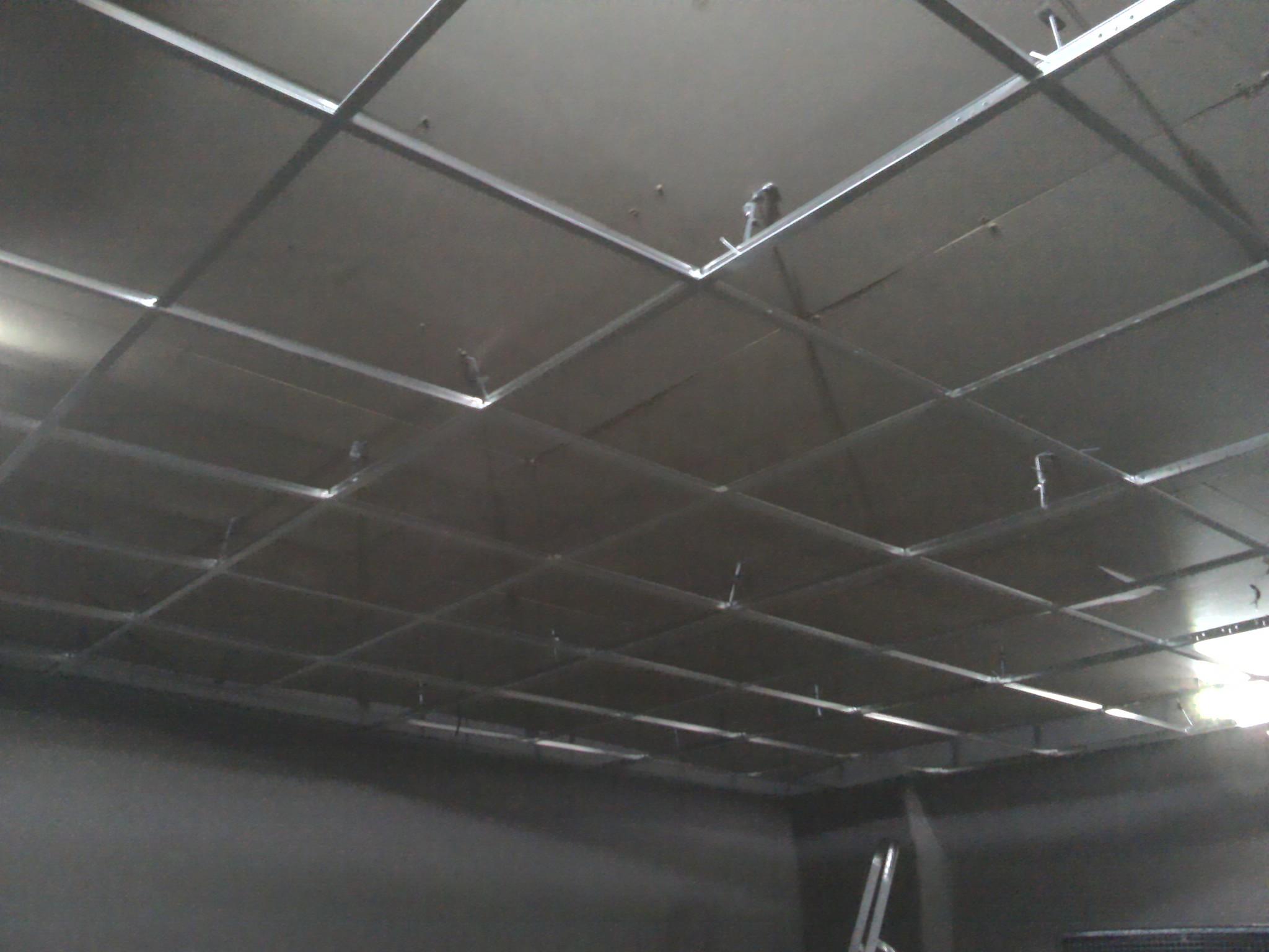 Монтаж подвесного потолка «Армстронг»: советы и рекомендации ...